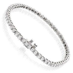Round cut 2.90 carats sparkling diamonds Tennis br